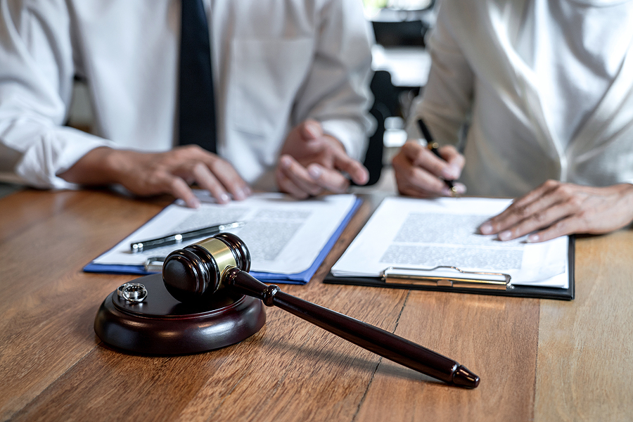 Sydney family law specialist helping a woman in the divorce process